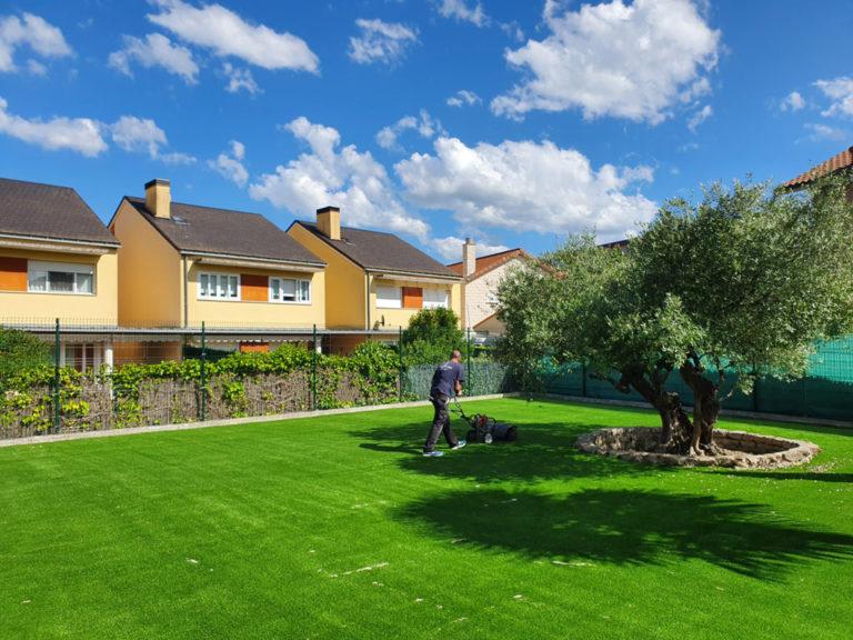 Jardín Verdeliss: el césped perfecto para que jueguen niños